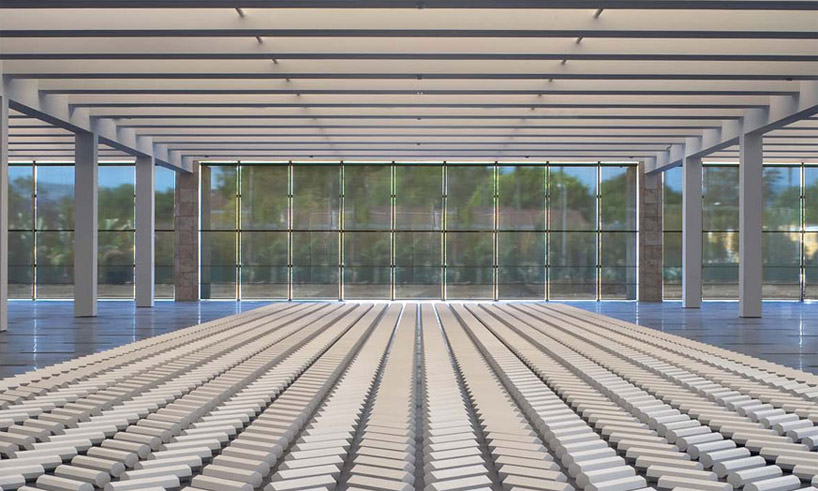 interior view of the Resnick Exhibition Pavilion by Renzo Piano