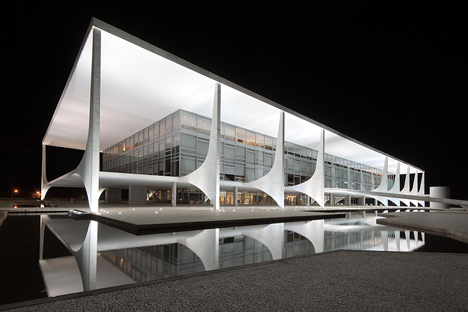 The Palácio do Planalto in Brasilia, Brazil; designed by Oscar Niemeyer; photo by Andrew Prokos