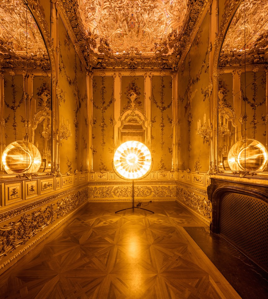 Ólafur Elíasson, Eye See You, 2006; Stainless steel, aluminum, colour-effect filter glass, and bulb; Baroque Baroque installation view at the Winter Palace of Prince Eugene of Savoy, Vienna, 2015; image © Ólafur Elíasson