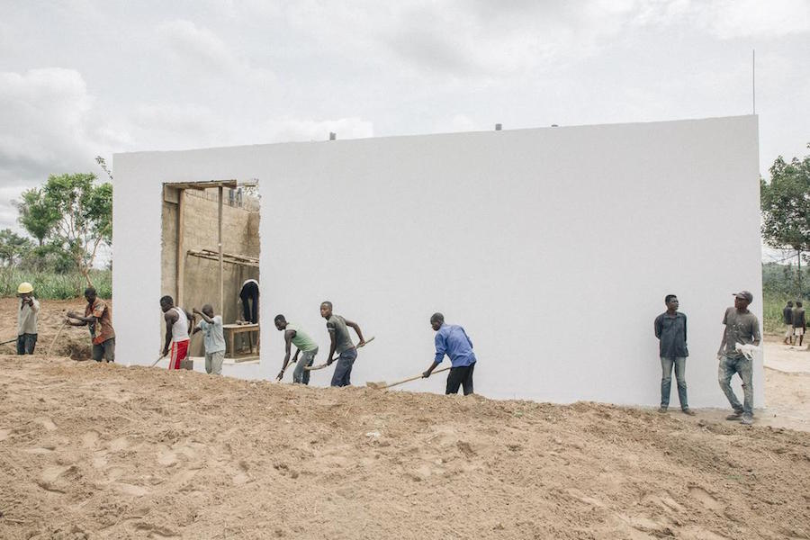The White Cube under construction at LIRCAEI, 2017; photo © Thomas Nolf, courtesy of LIRCAEI